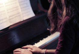 Как я начала учиться играть на фортепиано